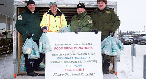 Northern Ontario News - Temiskaming Shores - MNRF and community land a big haul for Christmas