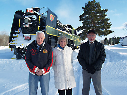 The Temiskaming Speaker - News - Donation gives big lift to 701 canopy
