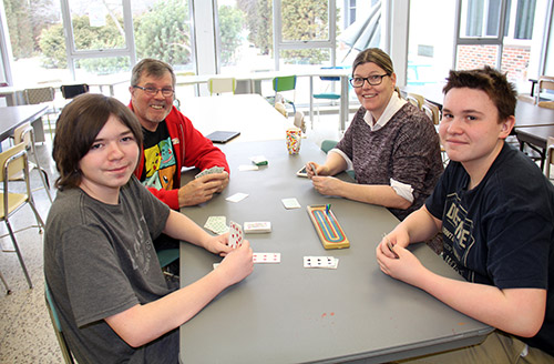 The Speaker - Newspaper - 15-2, 15-4 means much more at TDSS cribbage club